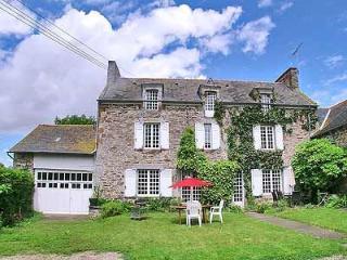 Charmante maison à la campagne avec grand jardin, Saint-Malo