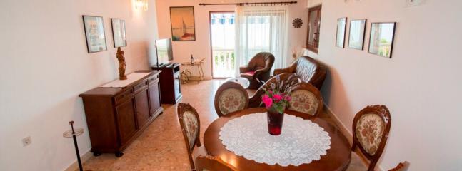 Villa Antonio, Apartment 3, Pisak