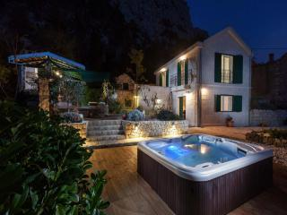 Villa Dama, Makarska