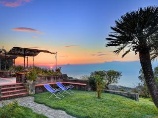 Fondo Turiello, spettacolare vista sul mare, Massa Lubrense