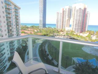 Amazing Condo in North Miami Beach - Ocean Views