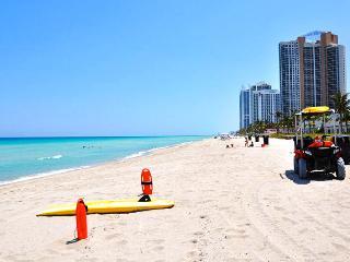 Amazing Condo in North Miami Beach - Ocean Views