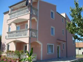 Apartmani Tanja Tina (2)
