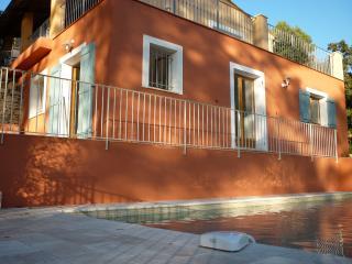 villa avec piscine, Entrecasteaux