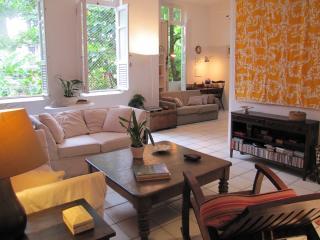 Charming, silent, green, zona sul penthouse, Rio de Janeiro
