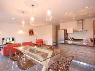 Superbe appartement 3 chambres avec piscine, Calvi