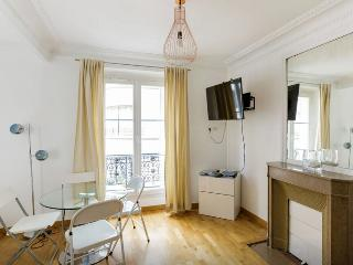 Luxurious Apartment Arc de triomphe,Champs Elysees