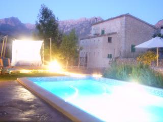 Casa con piscina y jardín, Sóller