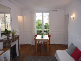 Cosy Canal St. Martin for 4 people, very quiet!, Parigi