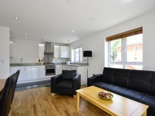 BOREHAMWOOD TWO BEDROOM  LUXURY APARTMENT 17, Borehamwood