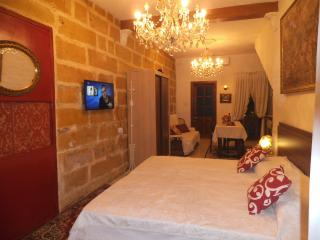 STUDIO APARTMENT, Marsaxlokk