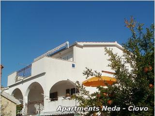 Apartments Neda - OKrug Gornji Ciovo appartman A1, Okrug Gornji