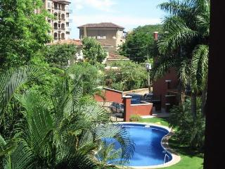 Private one bedroom condominium in the heart of Tamarindo.