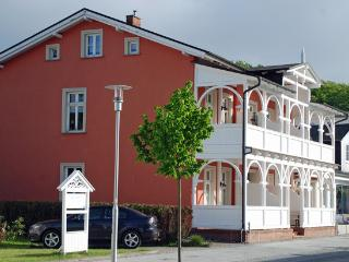 "Villa Bertha Maisonettewohnung  "" Heike "", Sellin"