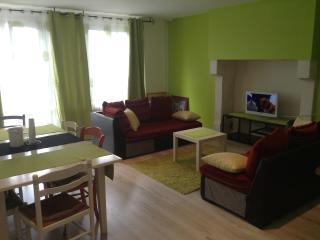 Maison vacances ou cure thermale à CRONAT, Cronat
