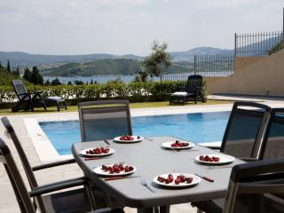 Villa Nisea - Luxurious Comfort and Relaxation - private swimming pool, Lygia