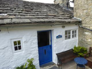 Cosy Three Peaks Dales Cottage with Wi-Fi, Settle