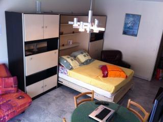 appartement F1 balcon centre Nice près mer/gare