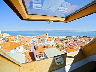 Alfama Watchtower Duplex 26, Lisboa