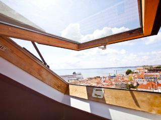 Alfama Watchtower Duplex 23