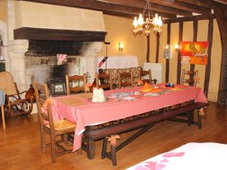 1er étage d'une maison du XIVe siècle, Monnaie