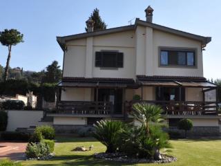 Splendida e rifinita villa bifamiliare