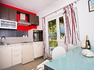 Apartments Zambarlin - Apartment Vinka, Komiza
