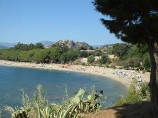 Carrubo app 80m da spiaggia,in villetta,Giardino