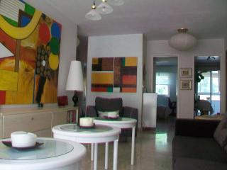 NICE :    Appartement 4 piece  100 m promenade et la mer