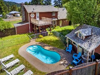 Private Pool!  Elk Meadows Lodge! *Free Nights* Slps 11, Cle Elum