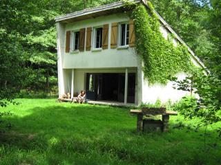 maison de vacances  CALME SERENITE NATURE, Quarre-les-Tombes