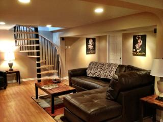 Newly Renovated Home Minutes Away From DT COMO, Columbia