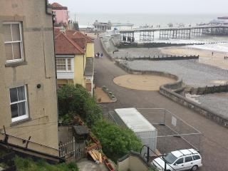 Cromer Flat Abdul , Norfolk, beach front sea view