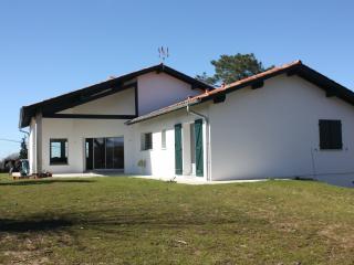 Au Pays Basque, maison entre mer et montagnes