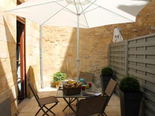 L'August'in Appartement de Charme + Parking, Burdeos