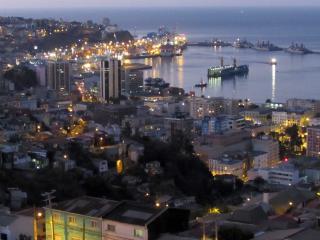 Departamento con hermosa vista a la bahía, Valparaiso