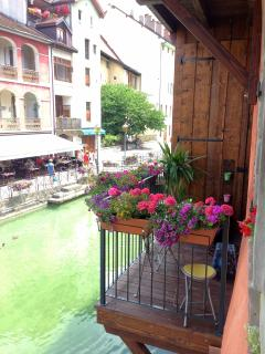 The Balcony on the river Le Balcon