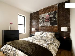 8315 -Fantastic Renovated 2 Bedroom - Time Square, Nueva York