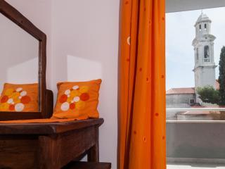 Rooms Vesna (double rooms) Kastela, Kastel Luksic