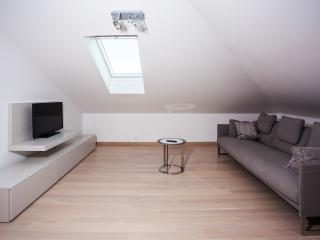 Vesna Apartments 1, Kastel Luksic