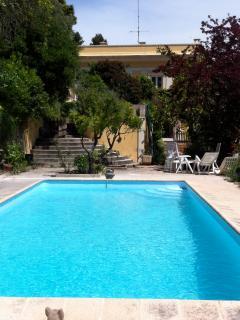 Splendid Private property. Swimming pool sea view