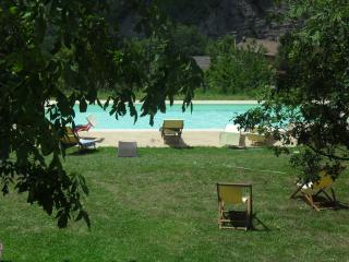 BORGO PIANELLO **** Holiday Homes & Winery - Tuscany Border