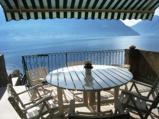 Lakefront Holiday Getaway, Sala Comacina
