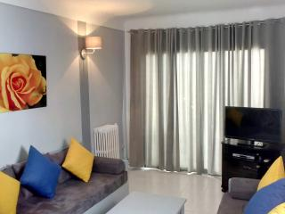Charming furnished apartment on the ground floor, Karthago