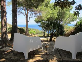 Wonderful Mediterranean Villa ,opposite the sea, Scopello
