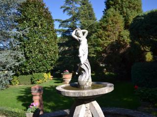 APPARTAMENTO IN COLLORE', Lucca