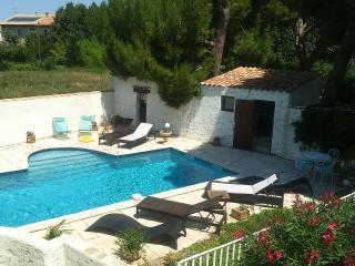 maison de campagne entre Narbonne et la mer + pisc