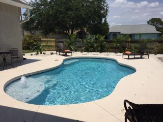 **PARADISE RETREAT IN BRADEN RIVER LAKES**