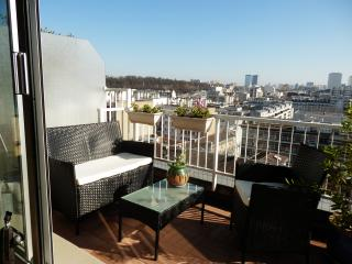 3 pieces terrasse Paris proche place de la Nation