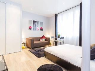 Charming Studio Paris la Defense
